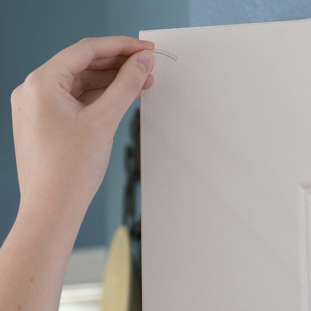 ZipnHang demonstration of how it works, hook lines over door